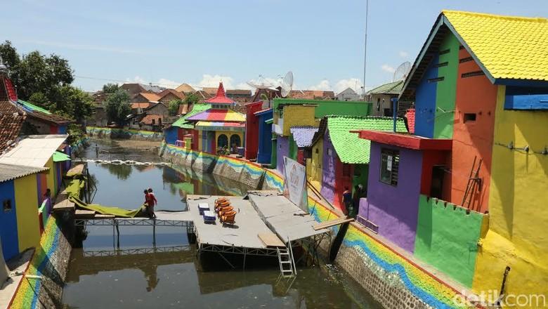 Bantaran Sungai Kalilo di Kelurahan Singonegaran, Banyuwangi (Putri Akmal/detikTravel)