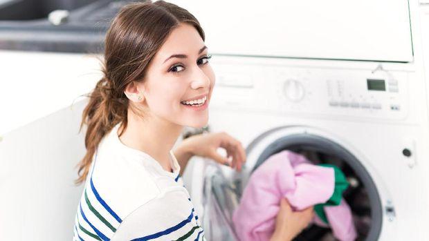 Berapa Lama Virus Corona Bisa Bertahan Pada Pakaian dan Cara Mencucinya