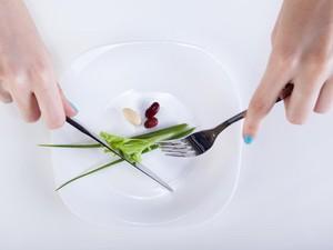 Waduh! Ini yang Terjadi pada Tubuh Jika Makan Terlalu Sedikit Demi Kurus
