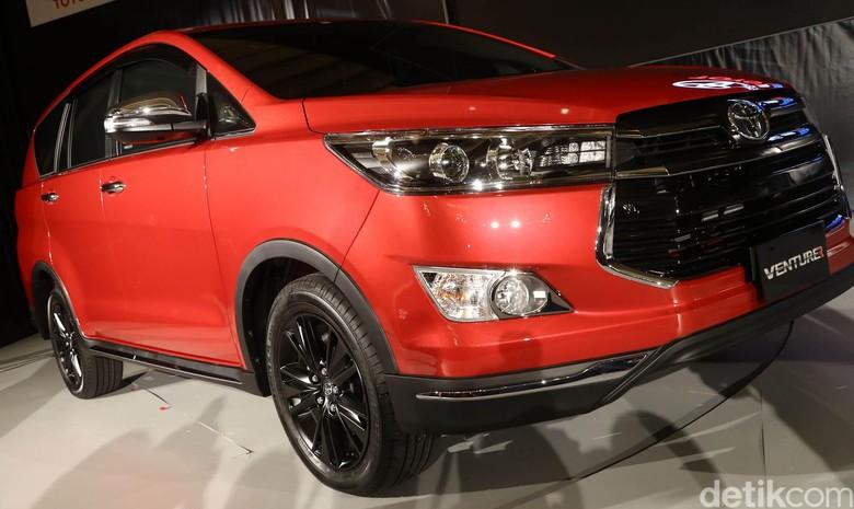 Toyota Kijang Innova Venturer. Foto: Grandyos Zafna