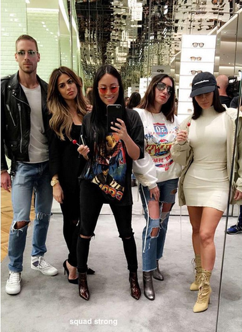 Kim Kardashian Operasi Kecilkan Bokong?