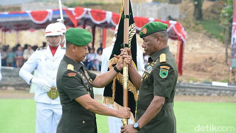 Rotasi 56 Pati TNI, Mayjen Joppye Onesimus Jadi Pangdam Cenderawasih