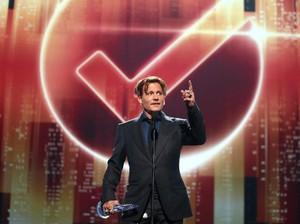 Tampak Kurus dan Pucat, Johnny Depp Sehat-sehat Saja