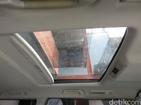 Sunroof Mobil.