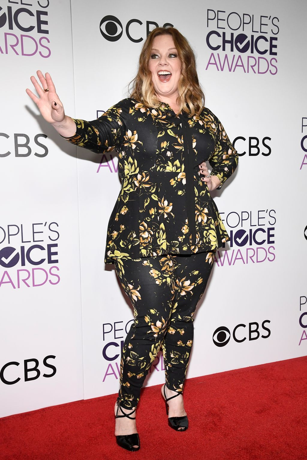 LOS ANGELES, CA - JANUARY 18:  Melissa McCarthy, winner of the Favorite Comedic Movie Actress Award, poses in the press room during the People's Choice Awards 2017 at Microsoft Theater on January 18, 2017 in Los Angeles, California.  (Photo by Kevork Djansezian/Getty Images)