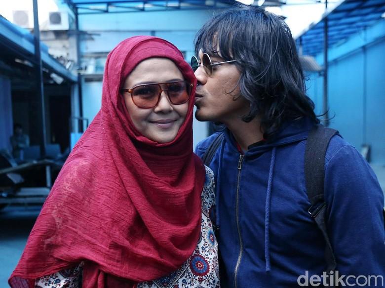 Ria Irawan dan Mayky Foto: Palevi S/detikHOT