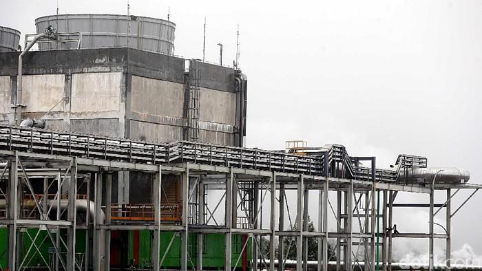 Pembangkit Listrik Tenaga Panas bumi (PLTP) Patuha di Desa Sugihmukti, Bandung, Jabar dikelolah oleh PT Geo Dipa Energi. PLTP ini menghasilkan listrik 55 MW.