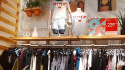 Pull & Bear Diskon Hingga 50%, Kaus Pria Mulai dari Rp 129 Ribu