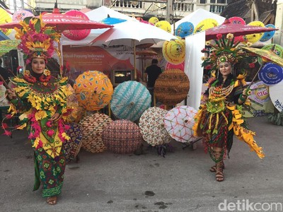Keseruan Paviliun Indonesia di Festival Payung Thailand