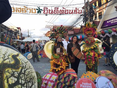 Payung Indonesia Ludes Diburu Pengunjung Festival Payung Bo Sang!