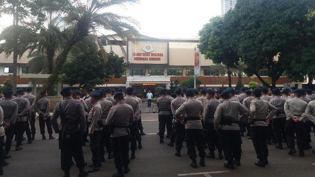 Pengamanan melibatkan personel Polri dan TNI.