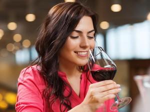 Konsumsi Alkohol Bisa Bikin Orang Lebih Fasih Berbahasa Asing, Apa Benar?
