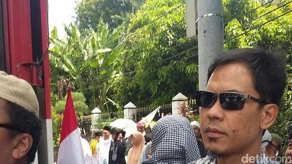 Munarman Dipanggil di Kasus Ninoy, Pengacara: Sedang Meluncur ke Polda