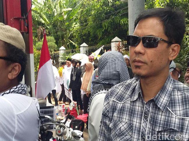 Berita Hari Ini Pinterest: Munarman Akan Datangi Polda Bali Hari Ini
