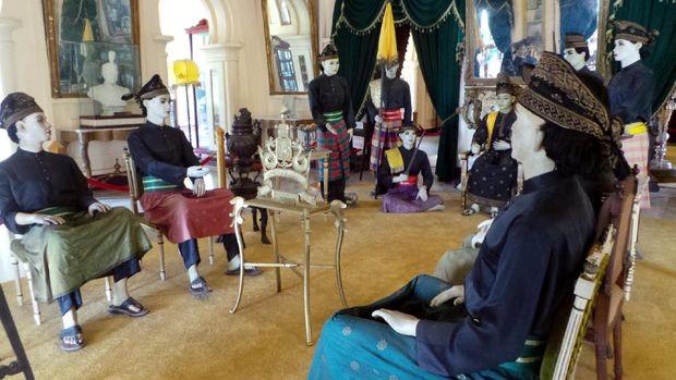 Ruang adat istana, tempat para pemuka adat berdialog (Wahyu/detikTravel)