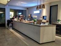 KopiKalyan: Menghirup <i>Cafe Latte</i> Ditemani <i>Fish & Chips</i> yang Renyah