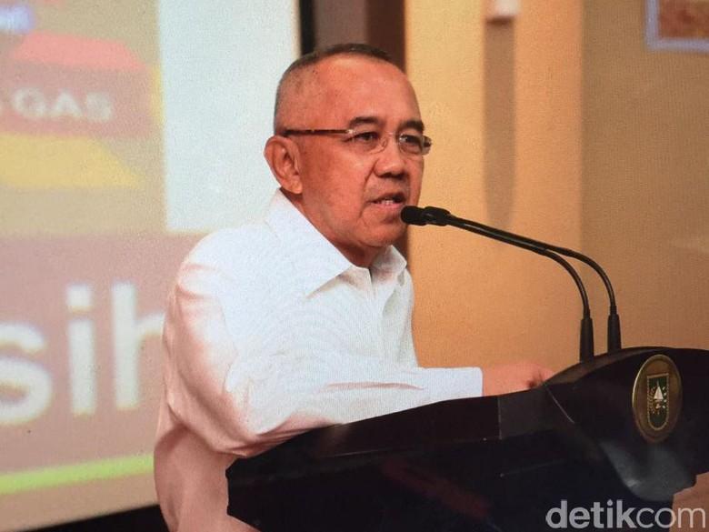 Gubernur Riau Lantik Wali Kota Pekanbaru dan Bupati Kampar