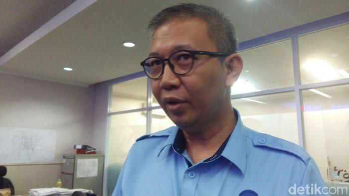 Dirut PT Transportasi Jakarta Budi Kaliwono minta maaf uji coba pengoperasian koridor 13 batal hari ini. (Heldania Ultri Lubis/detikcom)