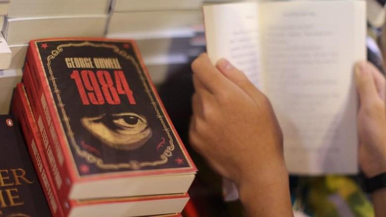 Novel 1984 George Orwell Laris Lagi Gara-gara Penasihat Politik Donald Trump