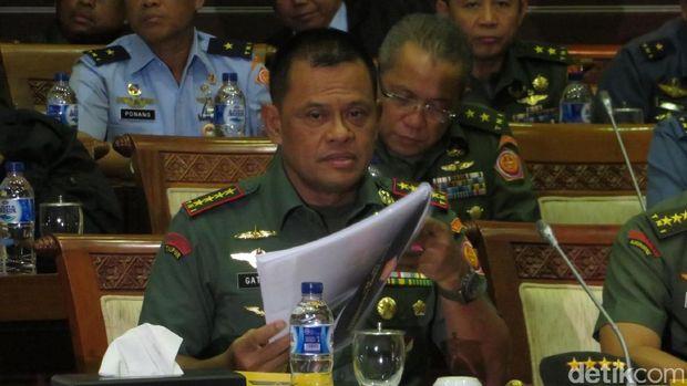 Panglima TNI rapat di Komisi I DPR /