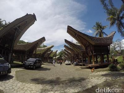 8 Keunikan Rumah Adat Tongkonan dari Toraja