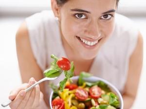Benarkah Ngemil Sayur Bisa Gantikan Makan 3 Kali Sehari?