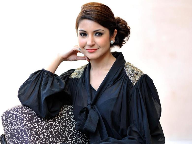 Anushka Sharma Jadi Selebriti Bollywood Paling Berpengaruh