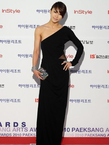 Aktris Korea Ha Ji Won Ungkap Rahasia Awet Muda di Usia 38 Tahun