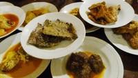 Restoran Padang Paling Mahal hingga Tempat Ngopi Asyik di Bintaro