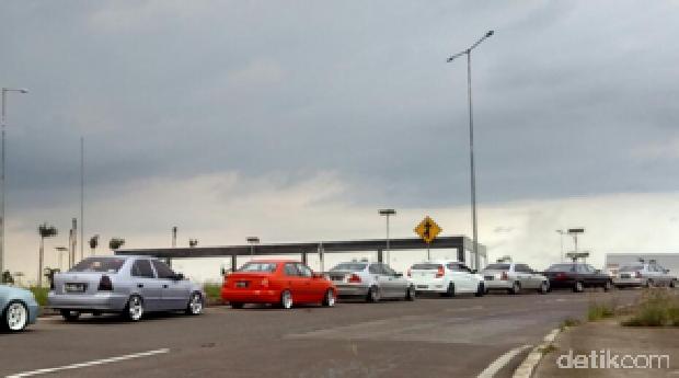 Komunitas Accent: <i>'Lowered Your Car'</i>