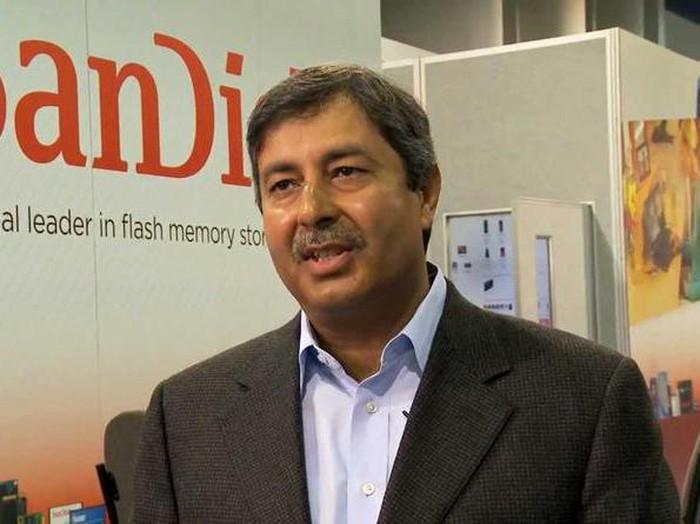 CEO Micron Technology Sanjay Mehrotra yang mengemukakan soal toilet pintar di masa depan (Foto: Istimewa)