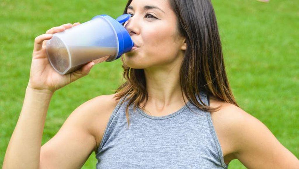 5 Minuman Ini Cocok Buat yang Sedang Turunkan Berat Badan