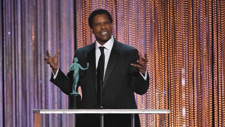 Michael B Jordan Bintangi Film Karya Denzel Washington