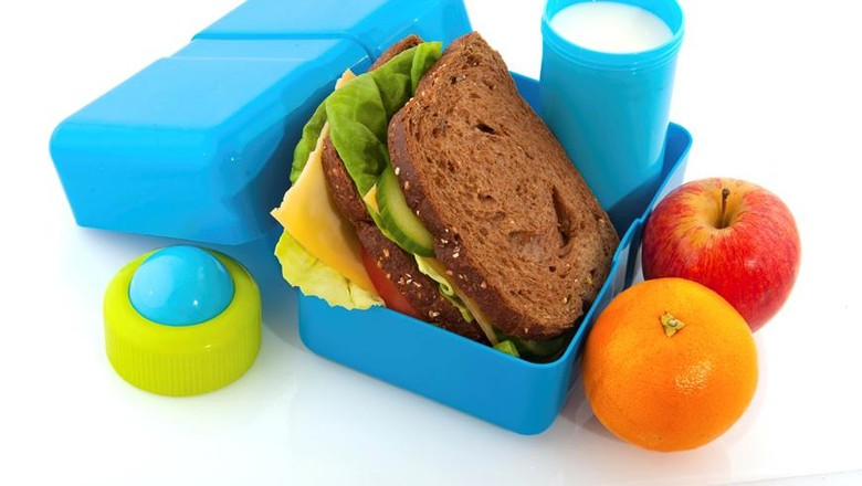 Ilustrasi wadah bekal makanan anak/ Foto: iStock