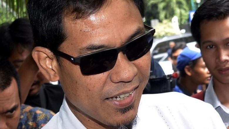 Besok, Polisi Periksa Munarman Terkait Penyekapan Ninoy Karundeng