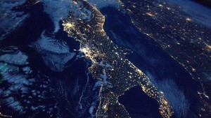 Foto Menakjubkan Planet Bumi dari Jepretan Astronaut