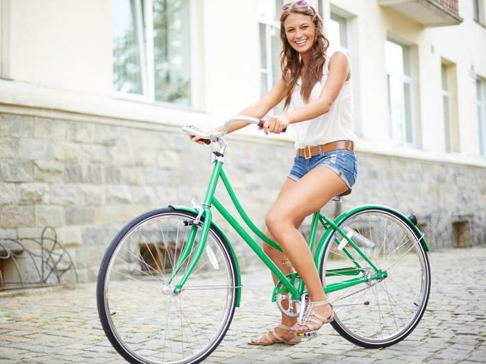 Sepeda sama efektifnya dengan nge-gym untuk turunkan berat badan/Foto: Ilustrasi (Thinkstock)