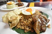 Eighty Nine: Puas Ngopi Sambil Mencicip Hamburg Steak di ...