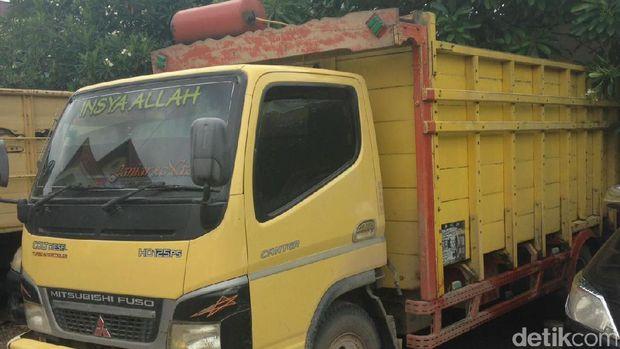 Truk pengangkut BBM bersubsidi jenis solar ilegal di Riau
