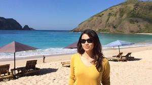 Dinda Terpanah Pesona Pantai-Pantai Indah di Bali