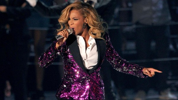 Usai Umumkan Kehamilan Anak Kembar, Beyonce Pastikan Manggung di Grammy