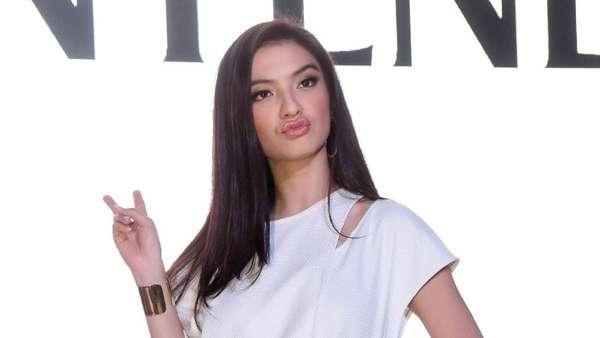 Pasang Ekspresi Muka Aneh, Raline Shah Tetap Cantik
