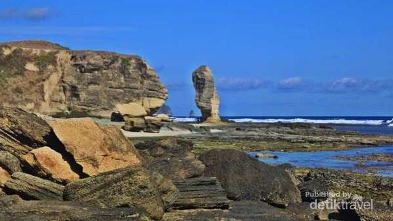 Batu Payung di Lombok (Siti Avianty/dTraveler)
