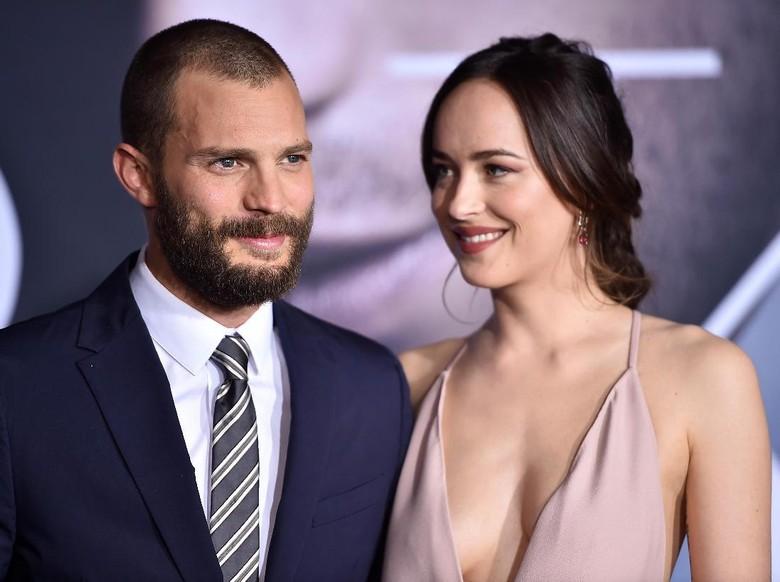 Potongan Gambar Terbaru Christian Grey dan Anastasia Steel di Film Fifty Shades Freed