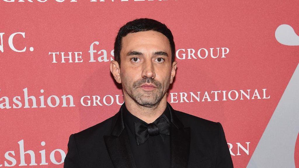 Riccardo Tisci Ucapkan Selamat Tinggal Pada Givenchy
