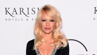 Courtney Love Protes Serial Baru soal Video Seks Pamela Anderson