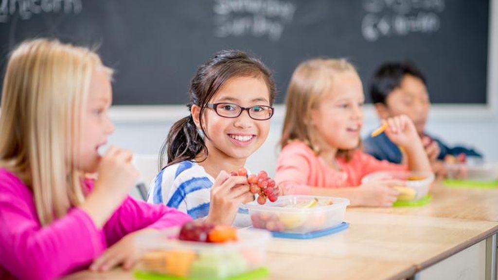 Daripada Gorengan, Berikan Anak 5 Camilan Sehat yang Tak Bikin Gemuk Ini