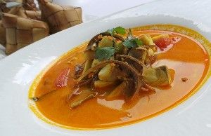 Spicy hot and sour soup (Tom yum) with grouper.