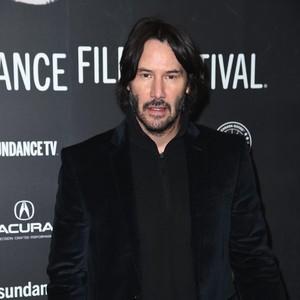 Keanu Reeves Ketahuan Flirting dengan Mantan Kekasih yang Sudah Punya Pacar