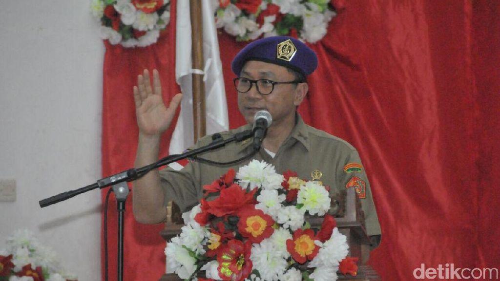 Aksi Ketua MPR di Ambon, Goyang Tobelo hingga Nyanyi Kemesraan